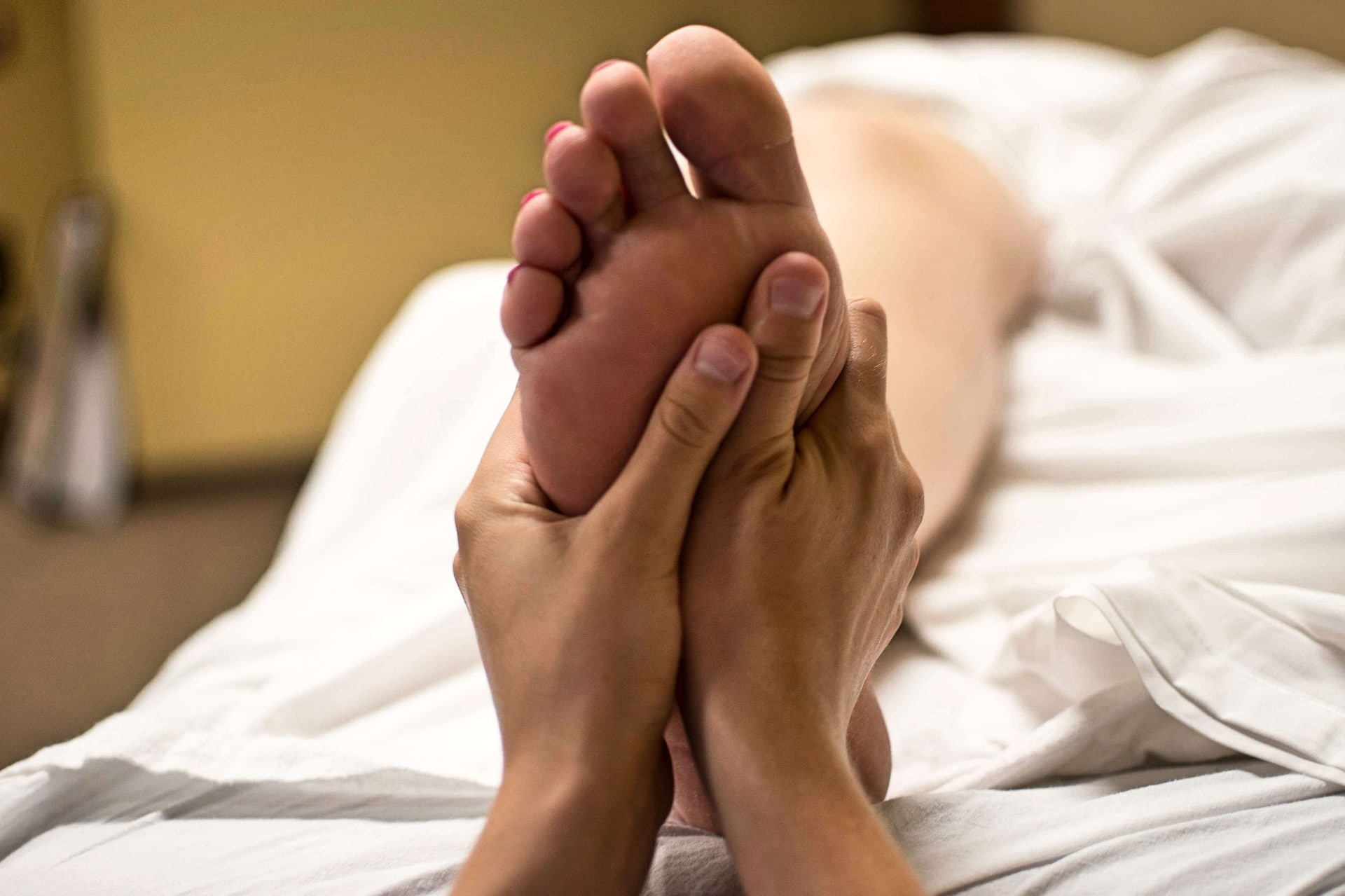 What Does Diabetic Nerve Pain In The Feet Feel Like Neuropathy