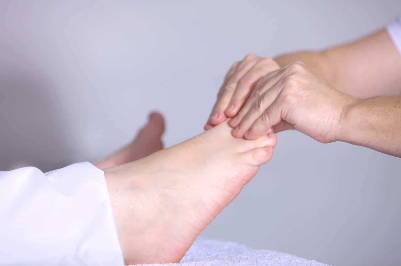 What Causes Diabetic Nerve Pain in Feet?